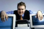 Megaupload Founder Kim Dotcom's Mansion Raided by FBI,SWAT for Copyright Infringement (video)